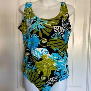 NWOT Catalina pretty 1 Piece Swimsuit Sz 1X or 16W